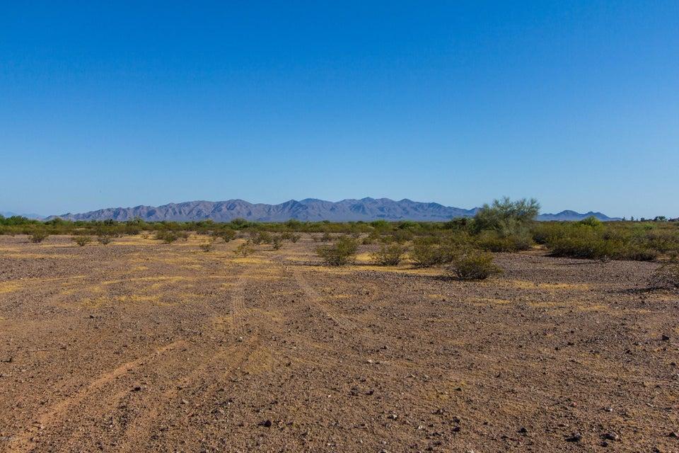 233XX W Montgomery Road, Wittmann, AZ 85361