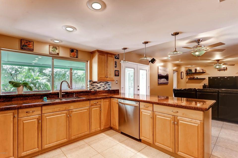 Granite Countertops Through Costco : 15225 N 20TH Place, Phoenix, AZ 85022
