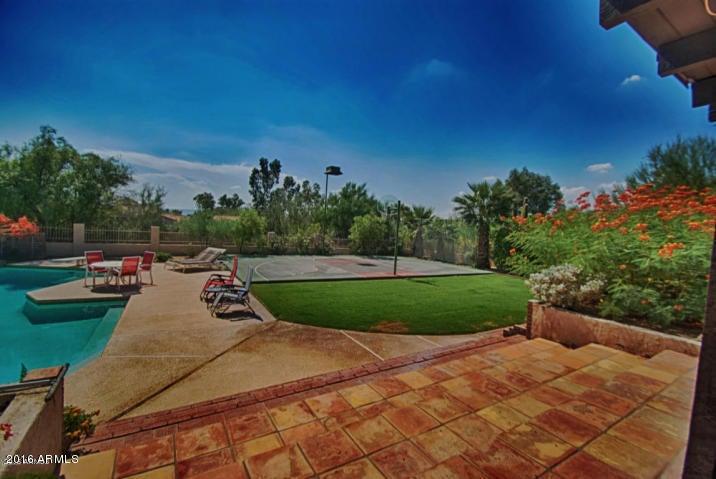 3441 E CLAREMONT Avenue, Paradise Valley, AZ 85253