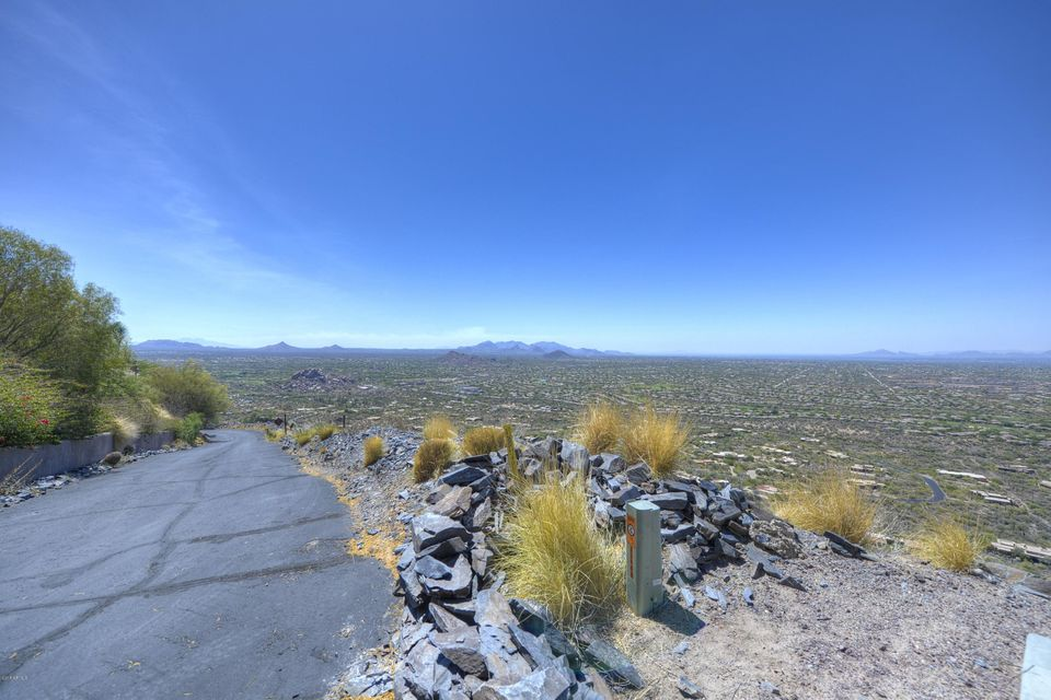 346XX N Secluded Lane, Carefree, AZ 85377