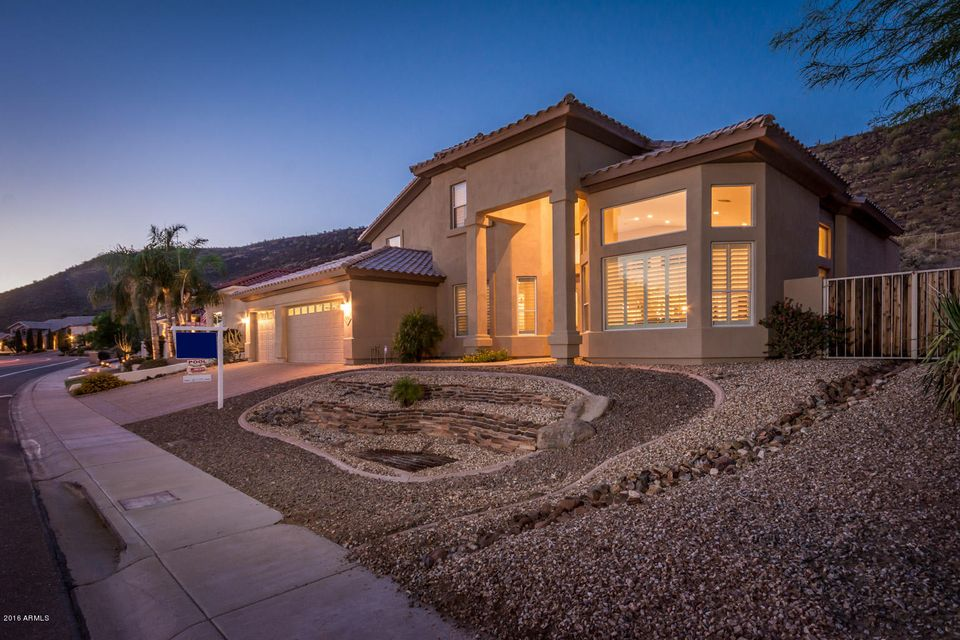 $600,000 - 5Br/3Ba - Home for Sale in Estates At Arrowhead Phase 1a, Glendale