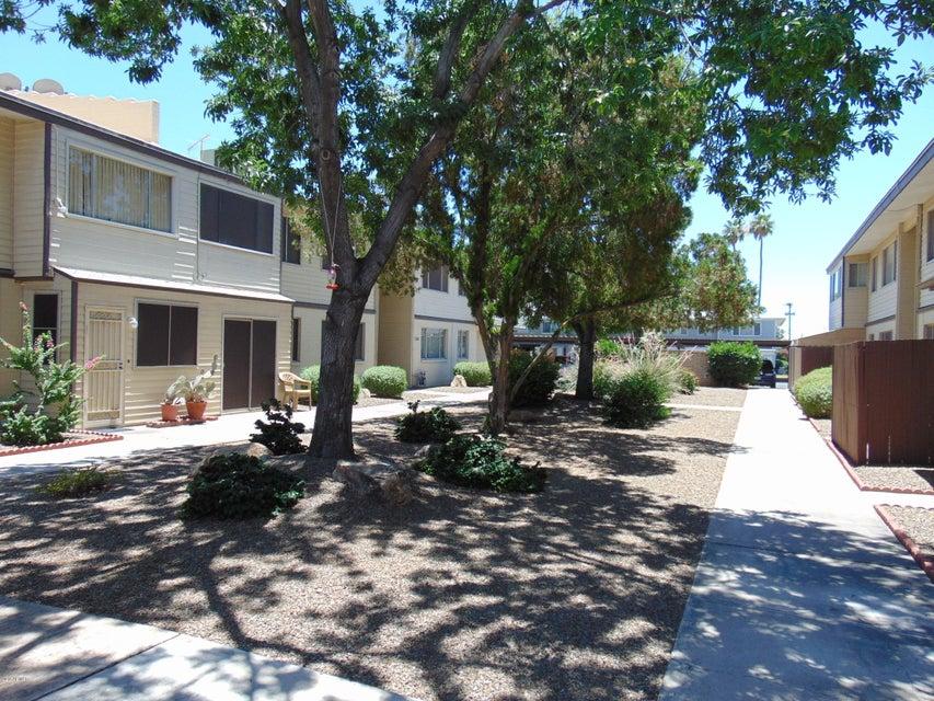 MLS 5459222 2602 W Berridge Lane Unit C-211, Phoenix, AZ Phoenix AZ Affordable