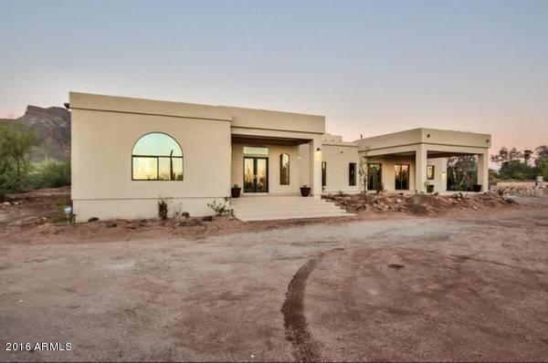 1277 S PROSPECTORS Road, Apache Junction, AZ 85119