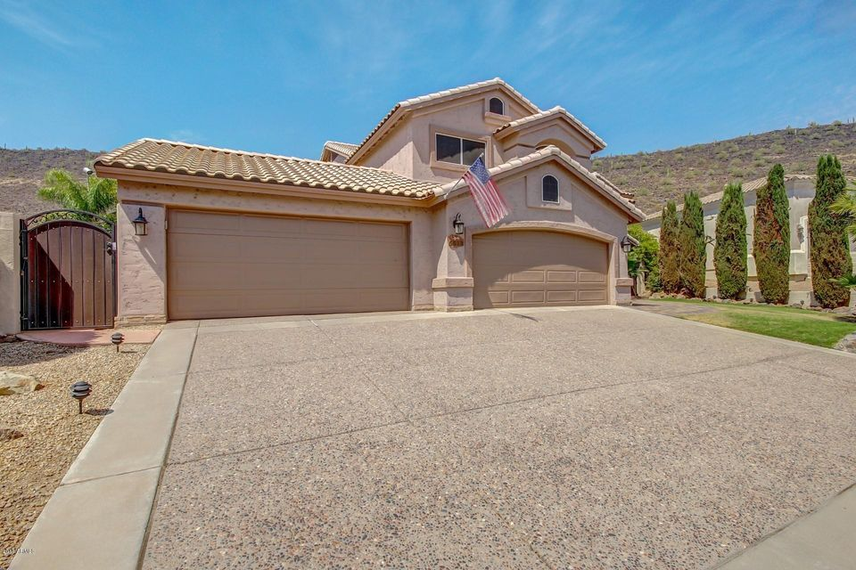 $600,000 - 5Br/3Ba - Home for Sale in Arrowhead Lakes, Glendale