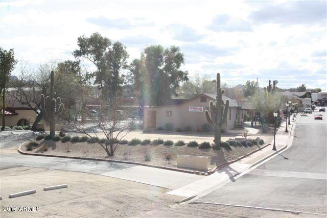 221 E APACHE Street, Wickenburg, AZ 85390
