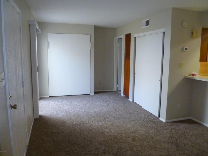 4730 W NORTHERN Avenue 1128, Glendale, AZ 85301
