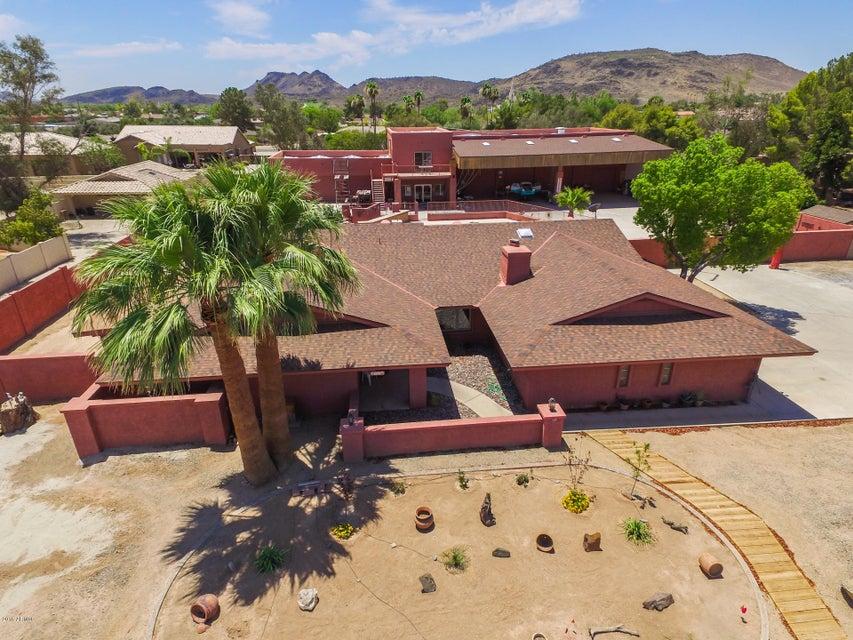 $927,500 - 5Br/4Ba - Home for Sale in Sadleback Estates Unit 2, Glendale