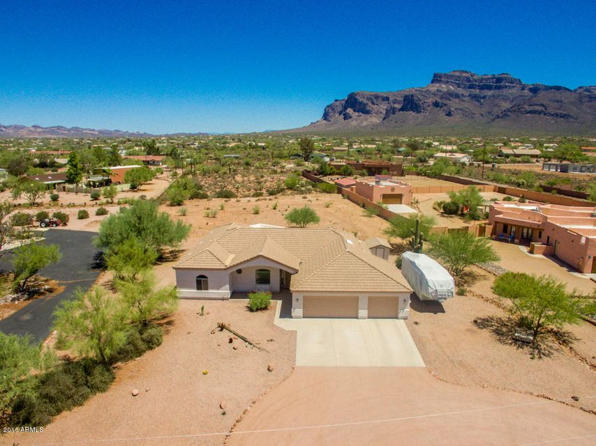 5934 E 22ND Avenue, Apache Junction, AZ 85119