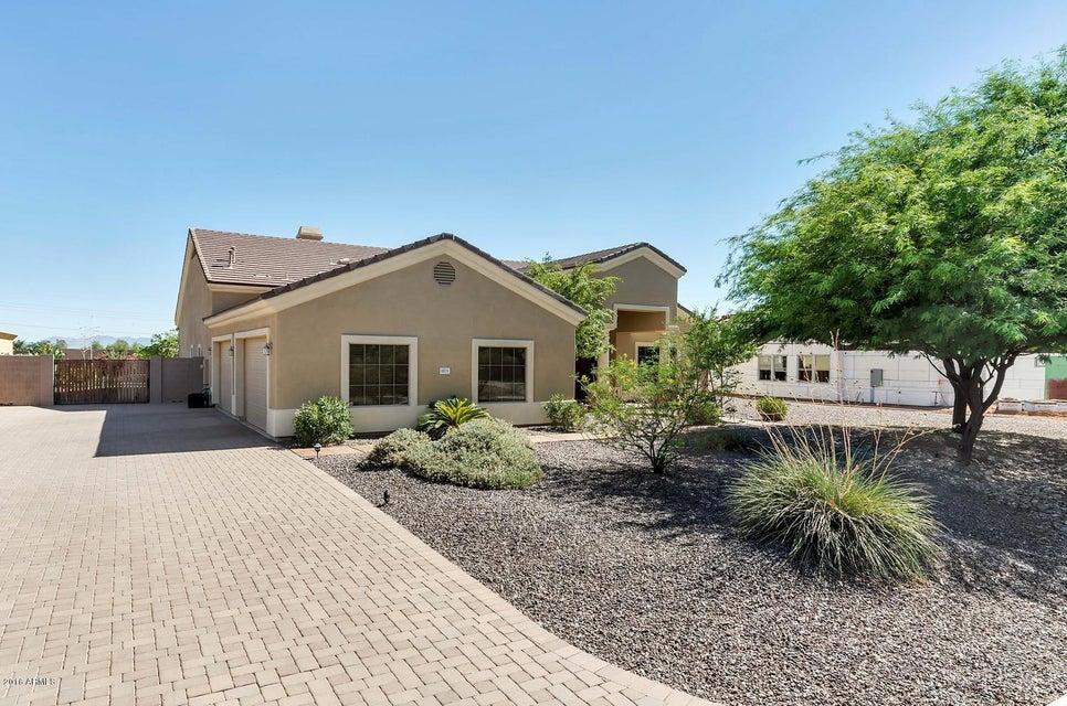$590,000 - 4Br/5Ba - Home for Sale in Topaz, Glendale