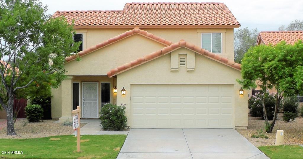 3221 E GLENHAVEN Drive, Phoenix, AZ 85048