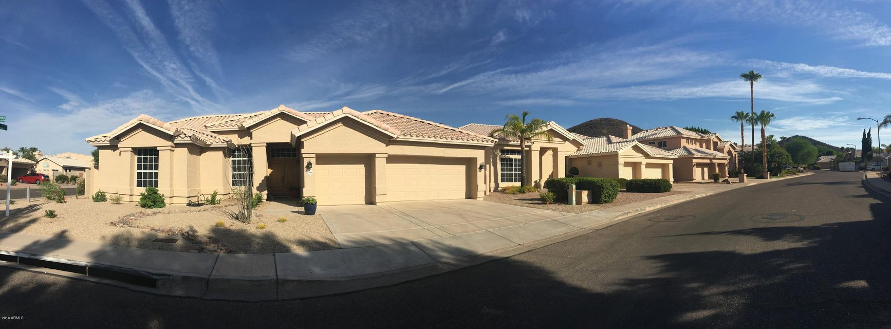 $389,900 - 4Br/3Ba - Home for Sale in Top Of The Ranch, Glendale