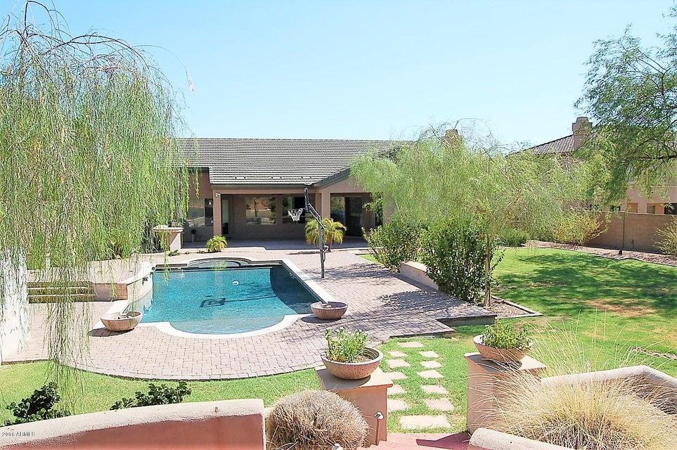 11024 E BUTHERUS Drive, Scottsdale, AZ 85255