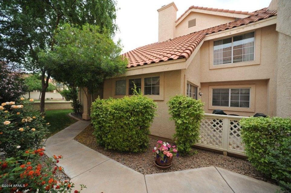 1633 E LAKESIDE Drive 161, Gilbert, AZ 85234
