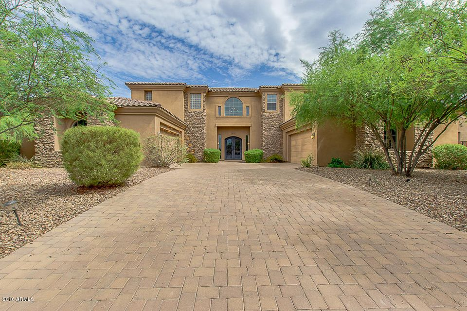 $699,999 - 6Br/6Ba - Home for Sale in Topaz Gated, Glendale