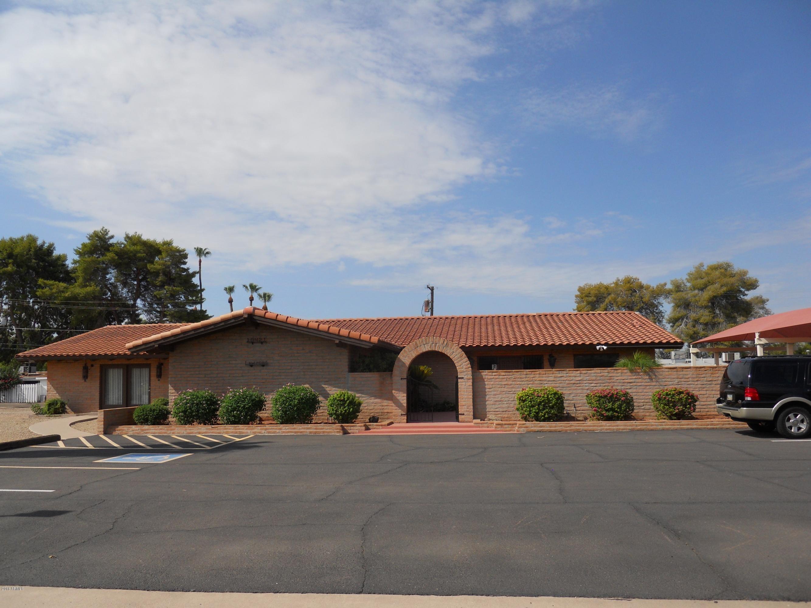 10421 W COGGINS Drive, Sun City, AZ 85351