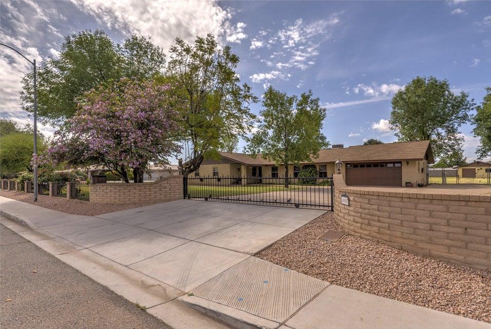 6005 W SUNNYSIDE Drive, Glendale AZ 85304