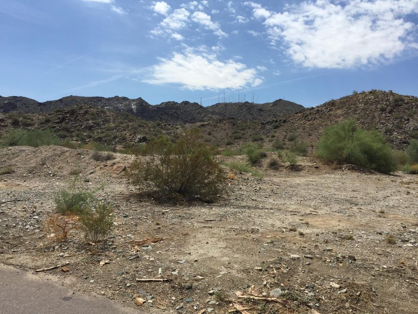 205 W MCNEIL Street, Phoenix, AZ 85041