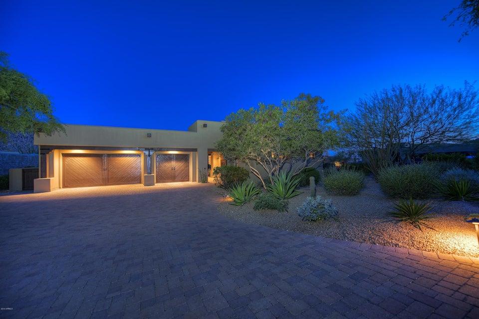 10585 E CRESCENT MOON Drive Unit 9, Scottsdale AZ 85262
