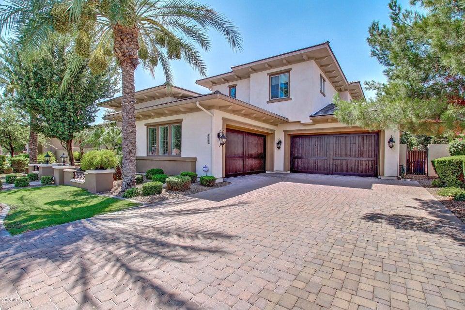 4210 S PACIFIC Drive, Chandler, AZ 85248