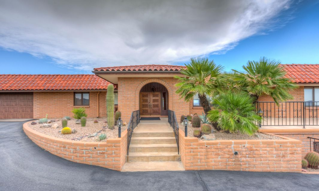 MLS 5493476 8237 E GOLDEN SPUR Lane, Carefree, AZ 85377 Carefree AZ Three Bedroom