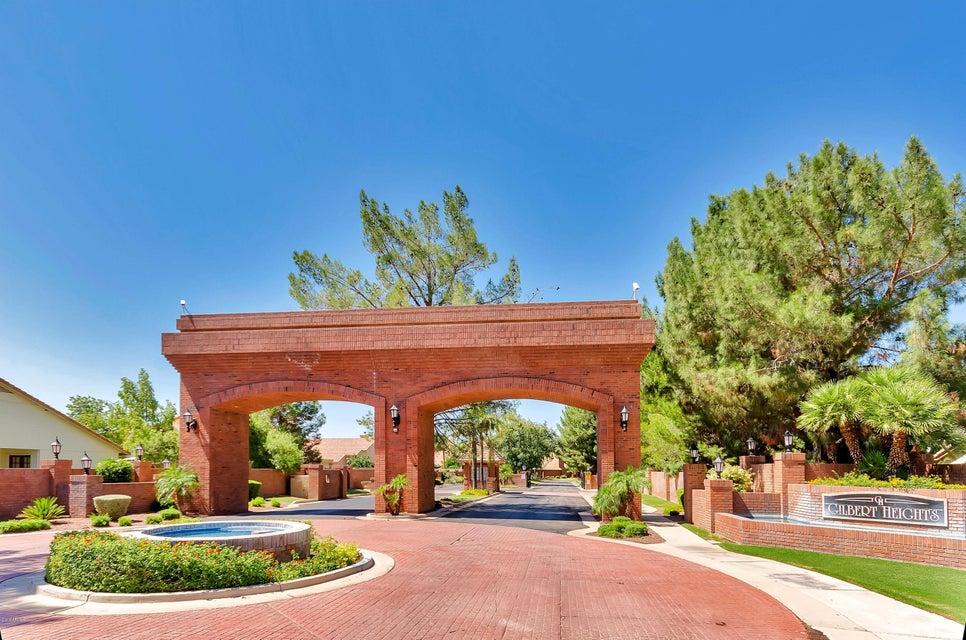 MLS 5496716 426 E HORSESHOE Avenue, Gilbert, AZ 85296 85296