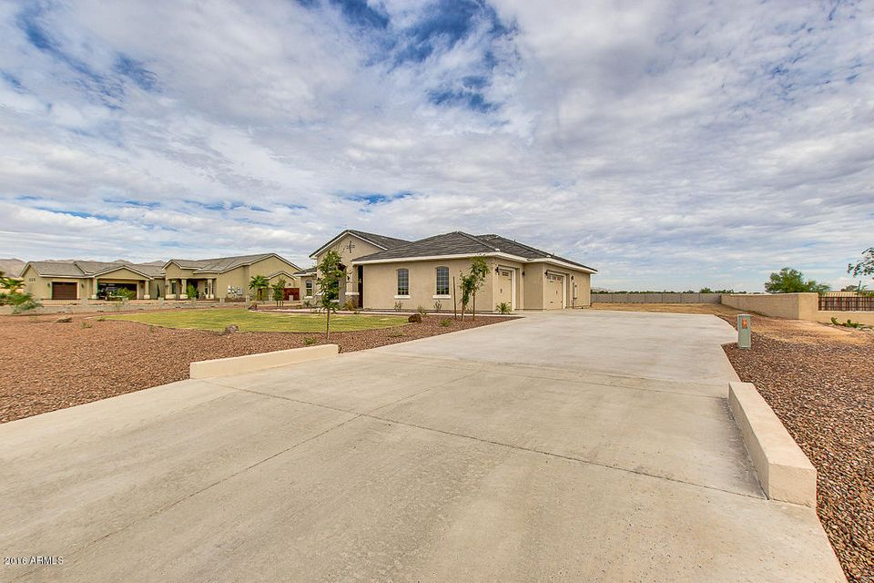 MLS 5492512 19808 W AMELIA Avenue, Buckeye, AZ 85396 Buckeye AZ One Plus Acre Home