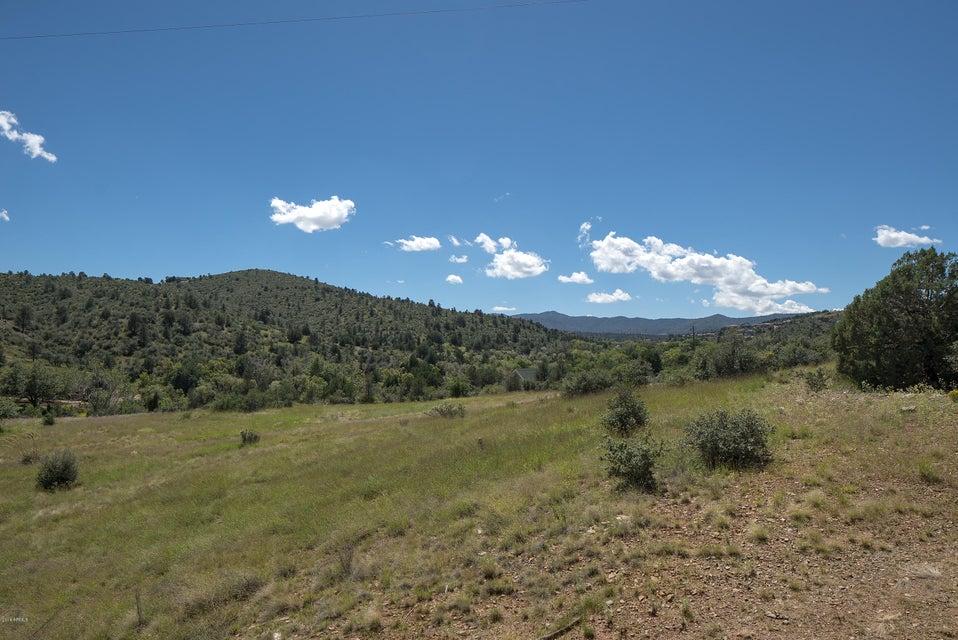 MLS 5497762 1495 N SLINGSHOT Circle, Prescott, AZ Prescott AZ Equestrian