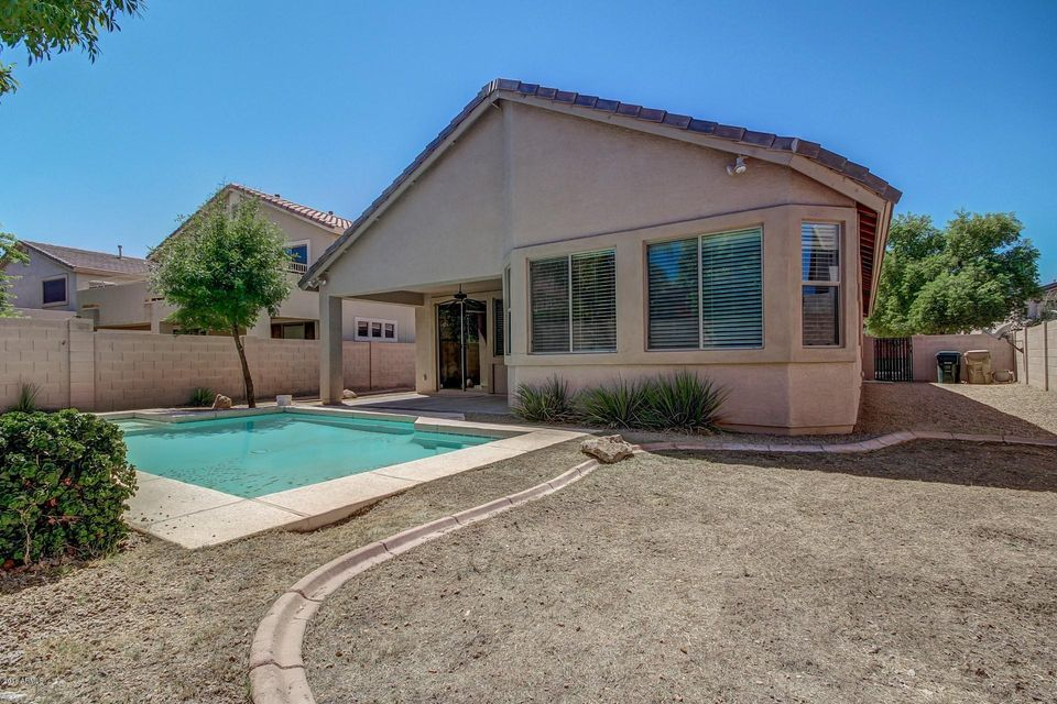 pool homes for sale goodyear az