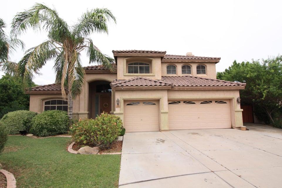 132 N VELMA Drive, Gilbert, AZ 85233