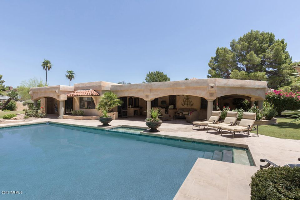 Single Family Home for Sale at 5716 N Monte Vista Drive Paradise Valley, Arizona,85253 United States