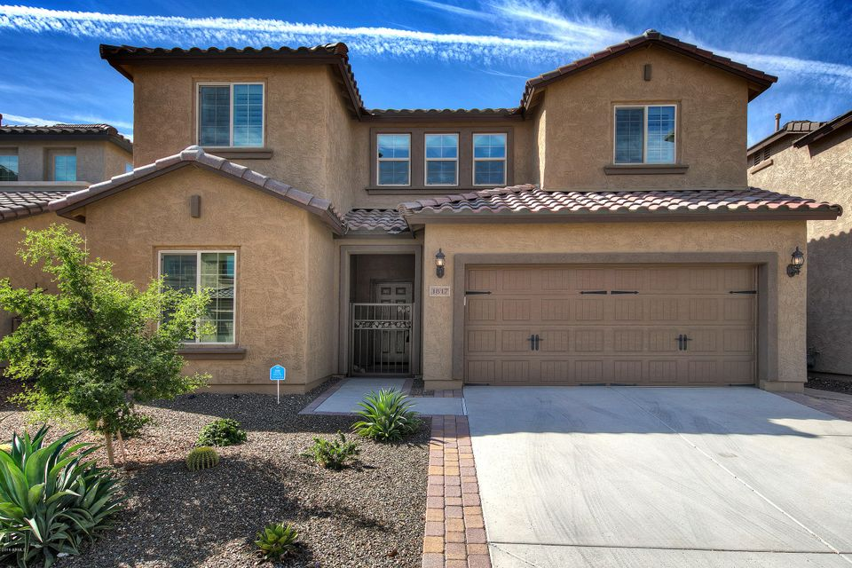 1817 W DESPERADO Way, Phoenix AZ 85085