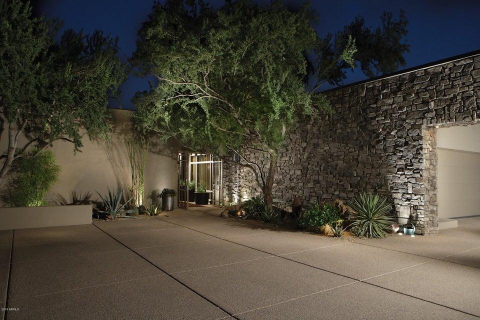 6079 N Paradise View Drive, Paradise Valley, AZ 85253