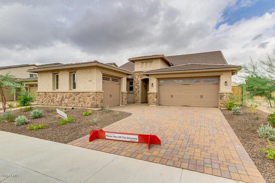 5432 W TARO Lane, Glendale, AZ 85308