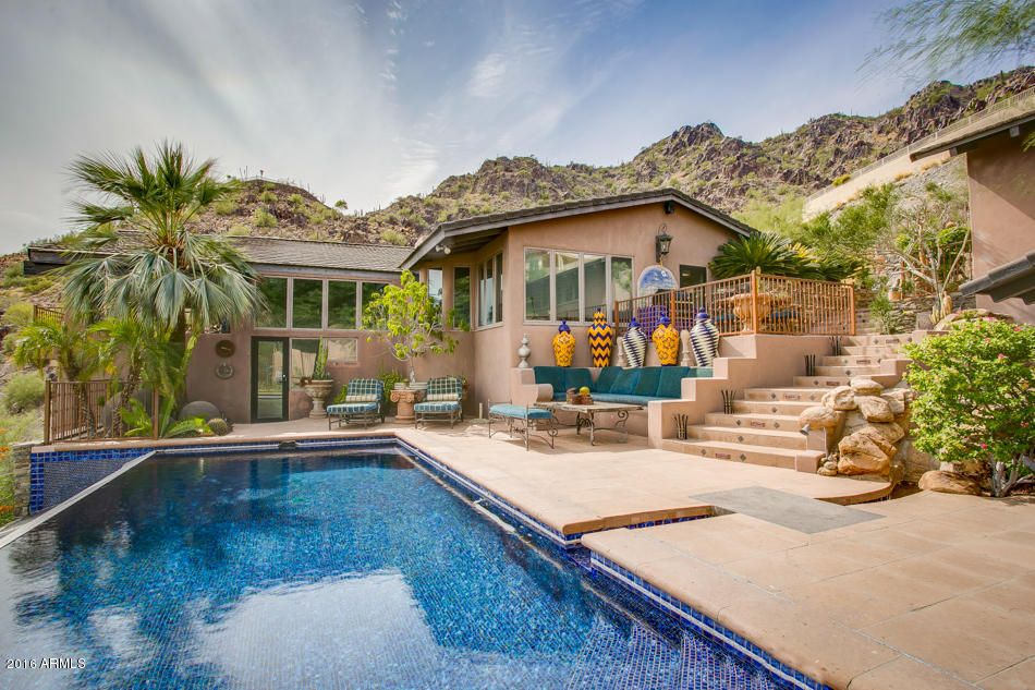 7516 N CLEARWATER Parkway, Paradise Valley AZ 85253