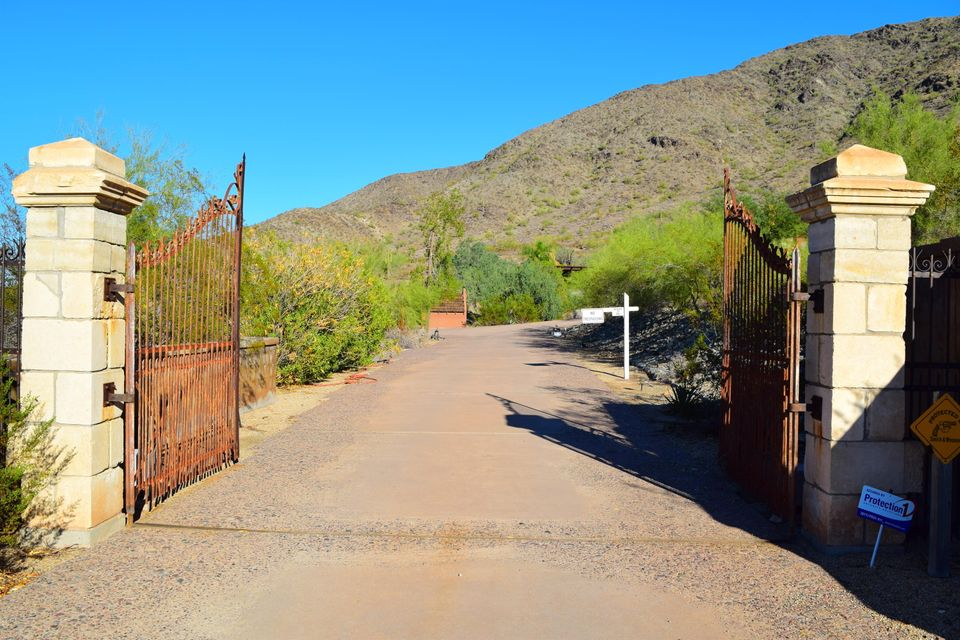 MLS 5504737 11403 S 27TH Drive, Laveen, AZ Laveen AZ Equestrian