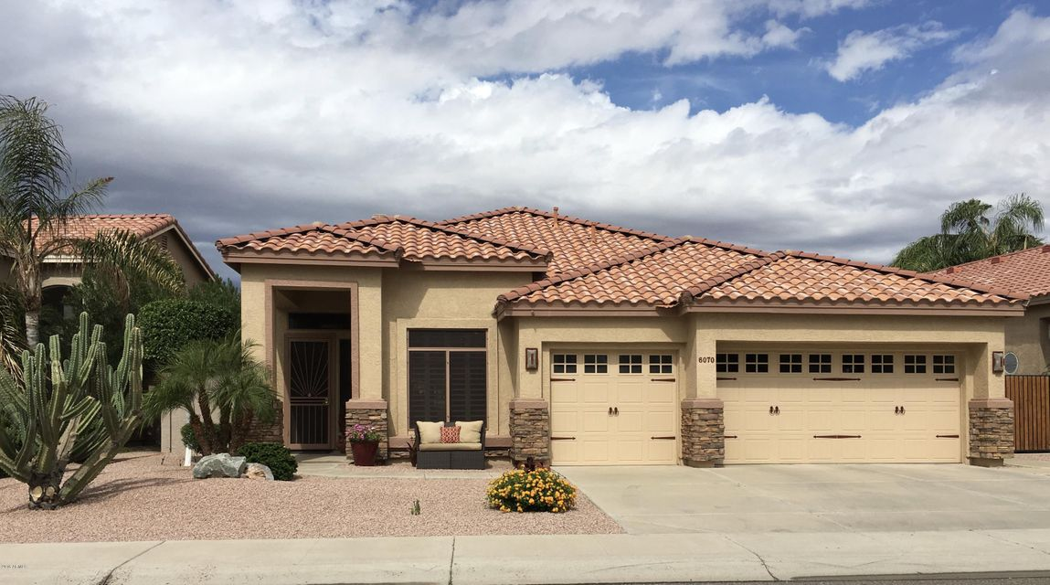 $399,900 - 3Br/2Ba - Home for Sale in Arrowhead Ranch Parcels 3 & 4, Glendale
