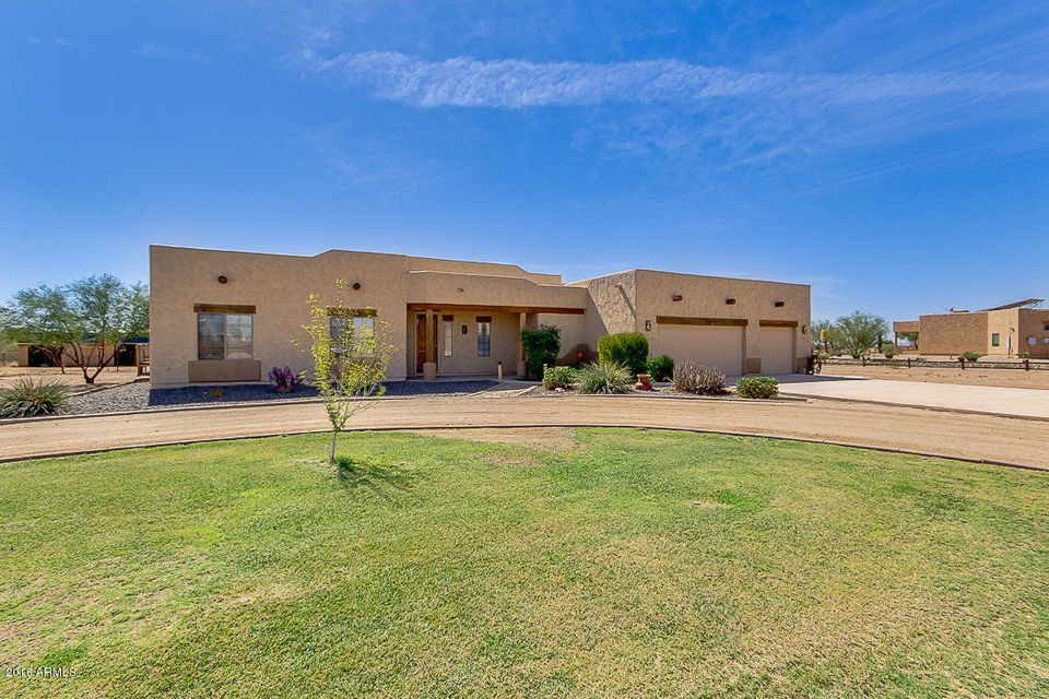 25545 W QUAILS NEST Lane, Wittmann, AZ 85361