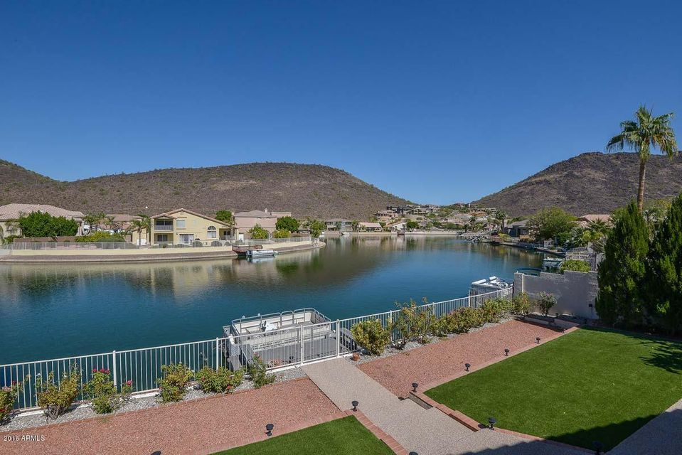$560,000 - 5Br/3Ba - Home for Sale in Arrowhead Lakes Unit 4 Lot 1-59 Tr A, Glendale