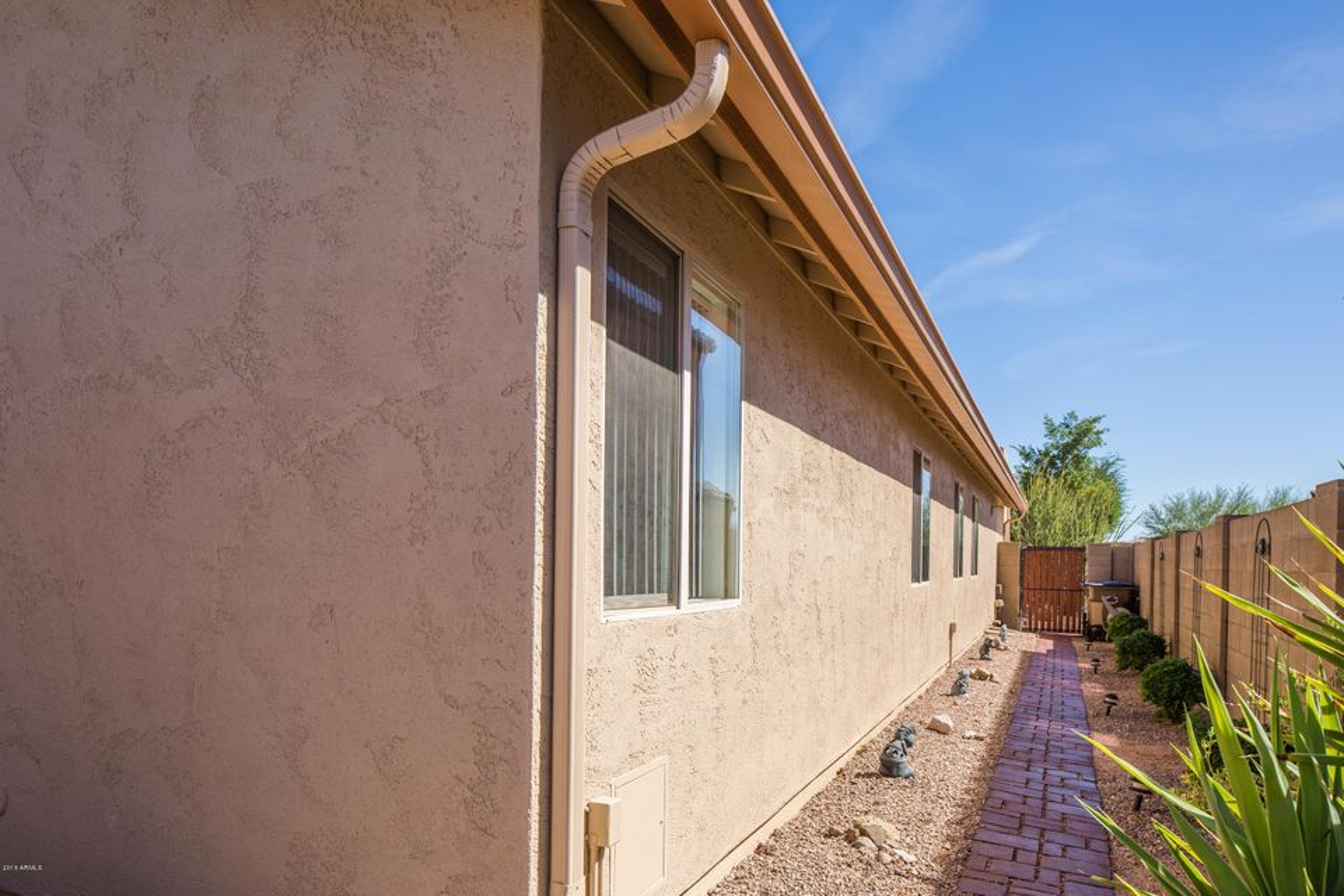 MLS 5509170 10572 E DUTCHMANS Trail, Gold Canyon, AZ 85118 Gold Canyon AZ Peralta Trails