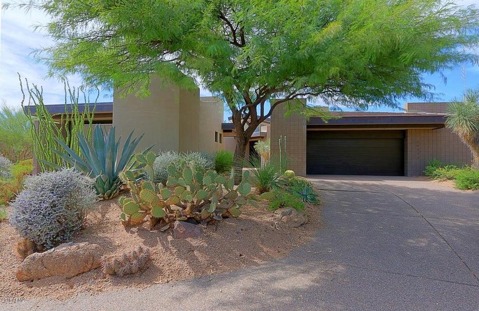 Photo of 10514 E FERNWOOD Lane, Scottsdale, AZ 85262