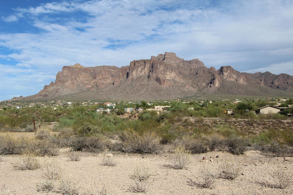 0000 N Roadrunner Road, Apache Junction, AZ 85119