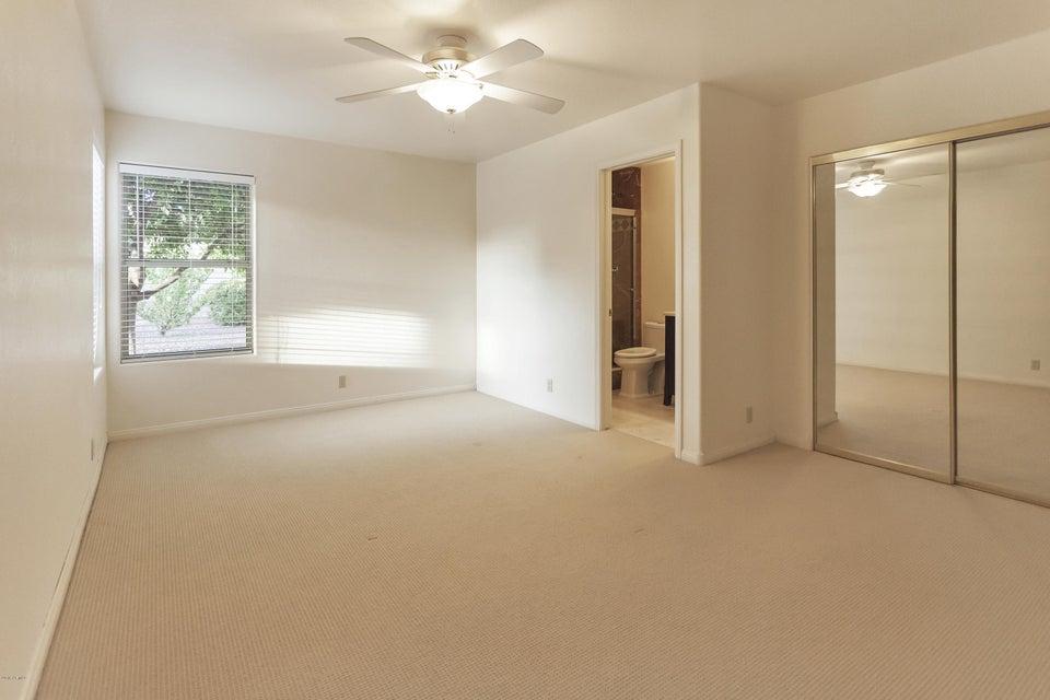 $579,000 - 4Br/3Ba - Home for Sale in Northwood Glen Lot 1-178, Glendale