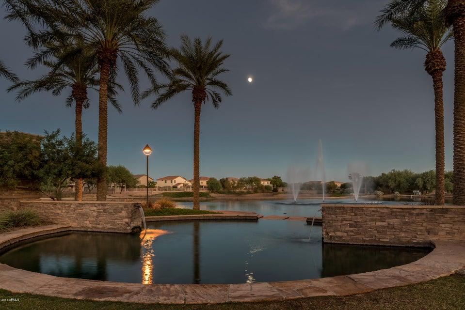 MLS 5508905 21839 N GREENWAY Drive, Maricopa, AZ Maricopa AZ Private Pool
