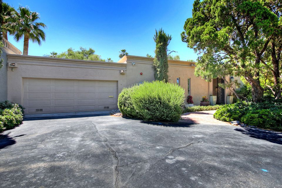 Photo of 5602 N SCOTTSDALE Road, Paradise Valley, AZ 85253
