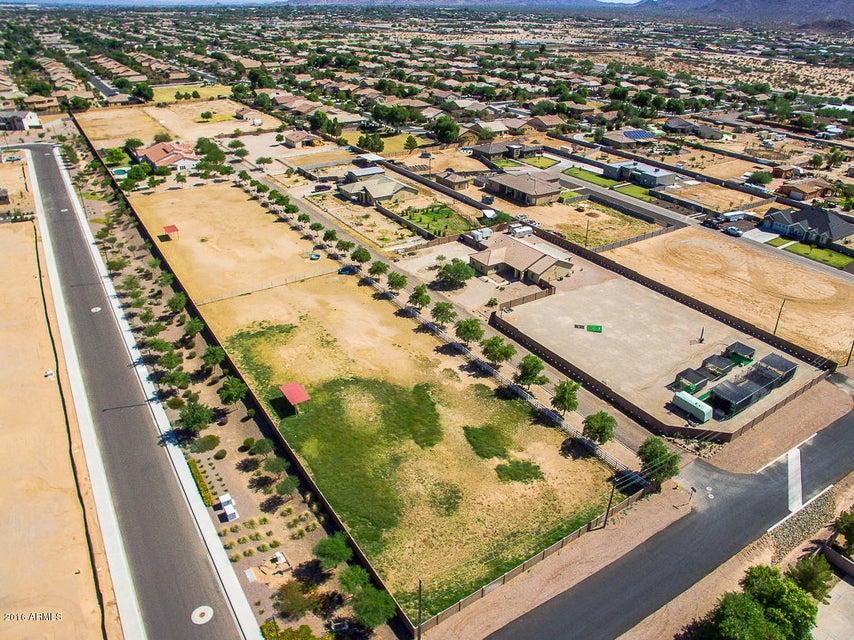 MLS 5513593 16506 E CEDAR WAXWING Drive, Gilbert, AZ Gilbert AZ Private Pool