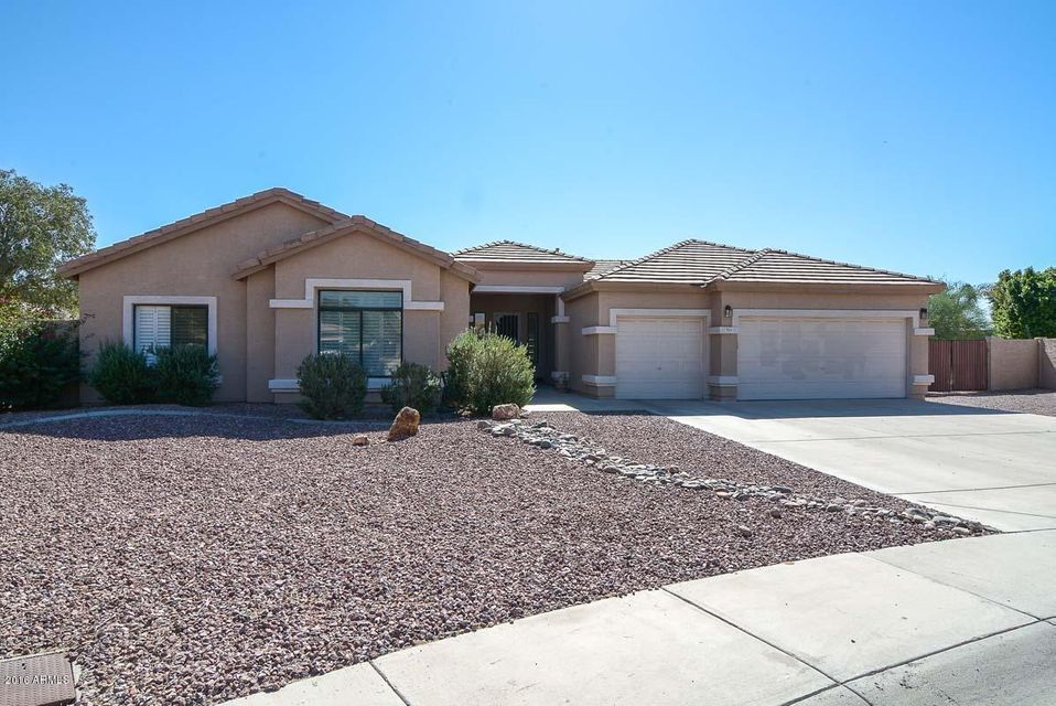 $394,500 - 5Br/2Ba - Home for Sale in Wyndham Place, Glendale