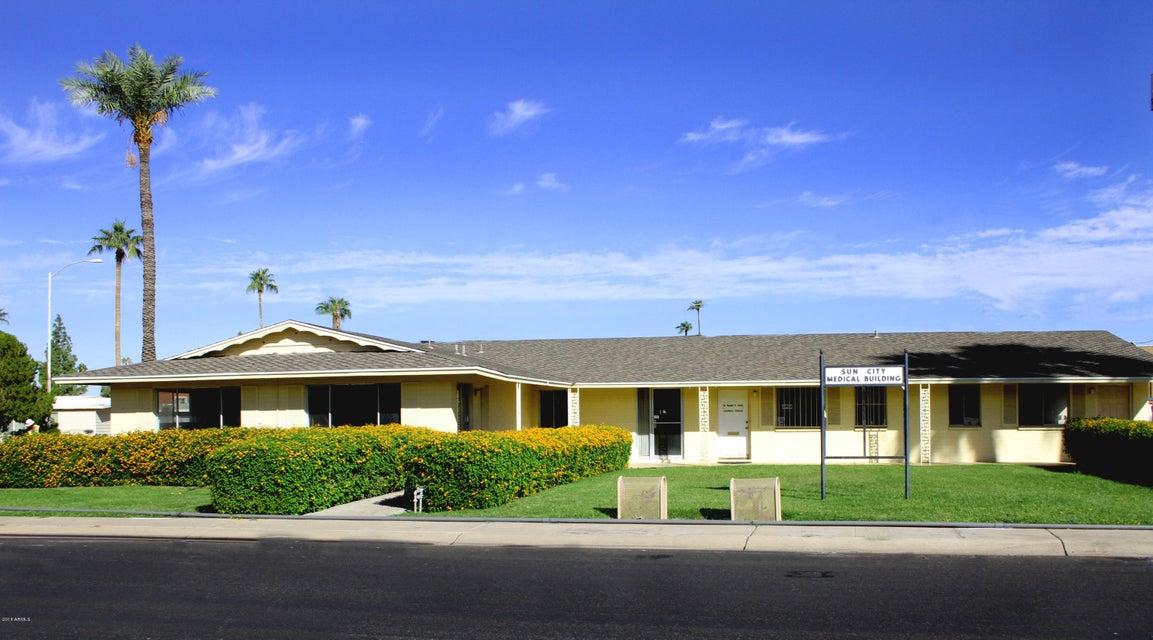 10820 W OAKMONT Drive W, Sun City, AZ 85351
