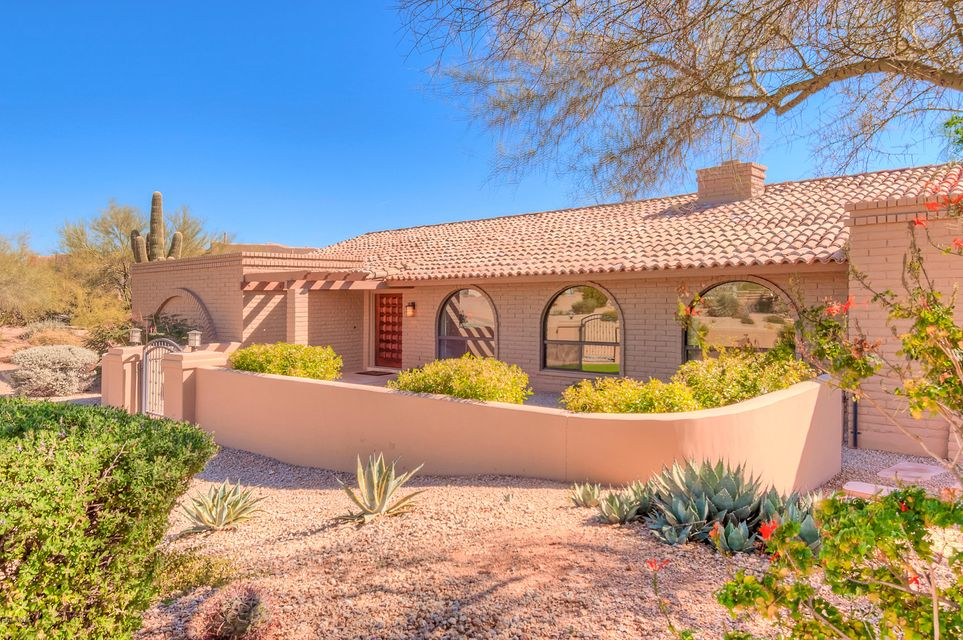8901 E Cave Creek Road, Carefree, AZ 85377
