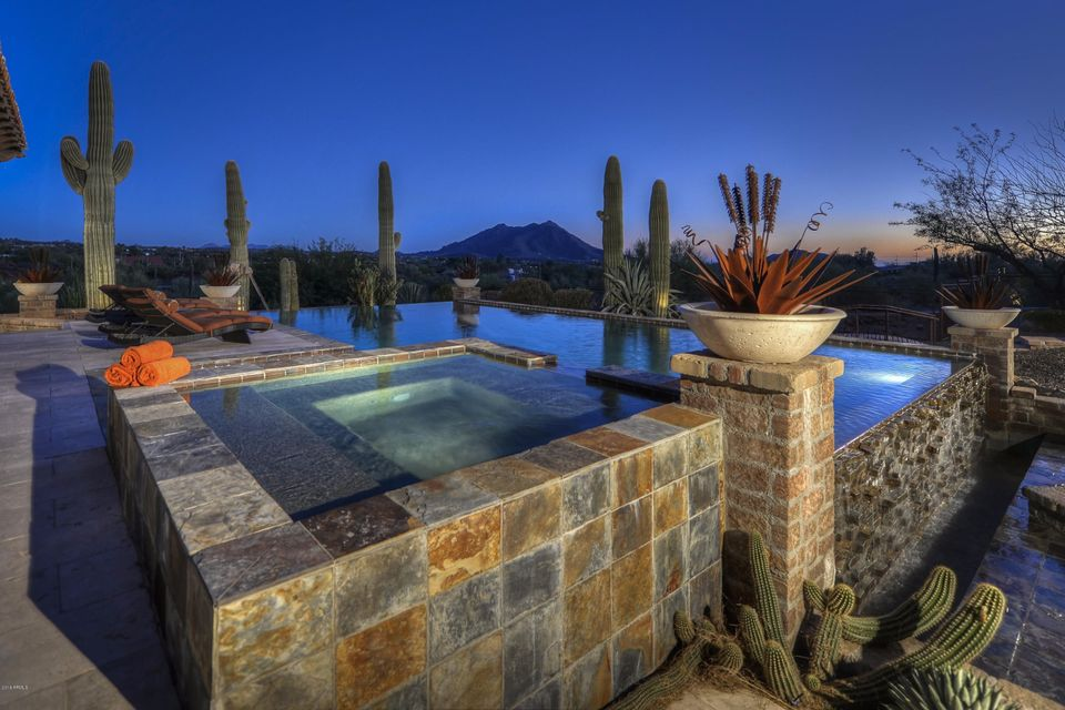 Photo of 6418 E Rockaway Hills Drive, Cave Creek, AZ 85331