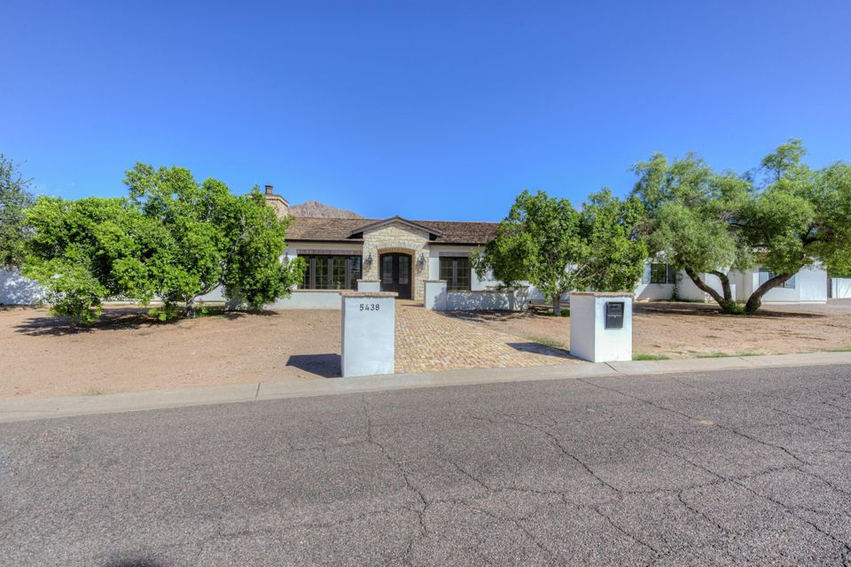 5438 E CALLE DEL NORTE --, Phoenix, AZ 85018